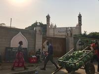 http://localhost/files/_import/Ahmadiyya Muslim Mission on Kisumu-Busia Road_MS_20180110.jpg