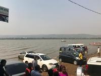 http://localhost/files/_import/Car Washing in Lake Victoria at Lwang'ni Beach 2_MS_20180109.jpg